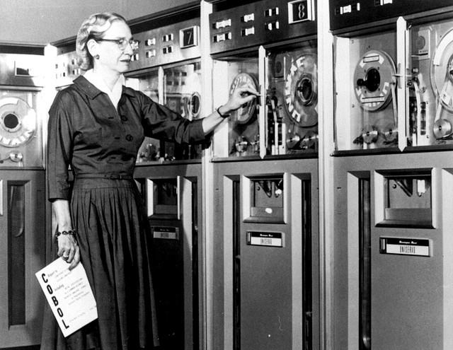Grace Hopper en 1952